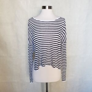 BOUTIQUE striped cropped split hem stretch top